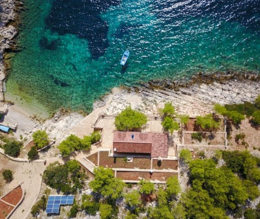 Accommodation Hvar, Robinson Golubinka