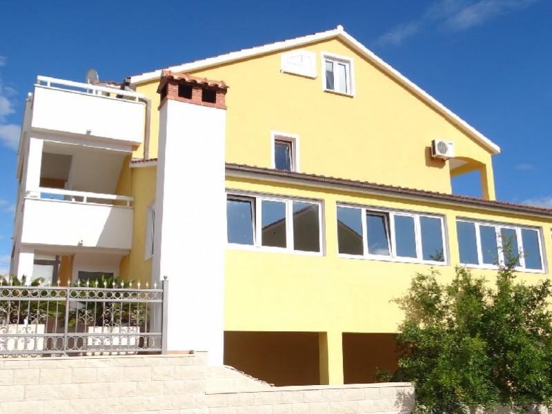 Apartment Berti